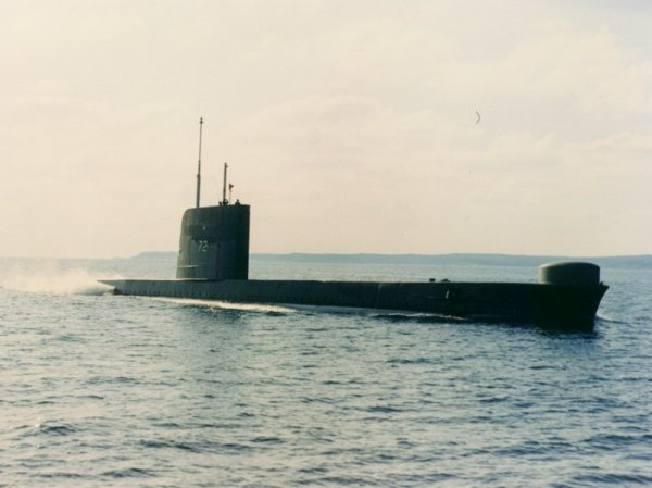 HMCS OJIBWA, an OBERON Class submarine which was named after Manitoban first-nations peoples,served the Navy from 1965 to 1998.
